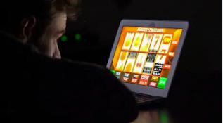 Spela spelautomater online - Lär dig spelens regler hos Casino Online Bit